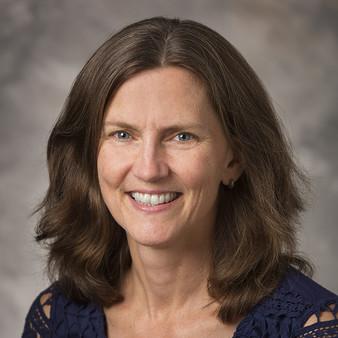 Jennifer Brackett, APRN headshot