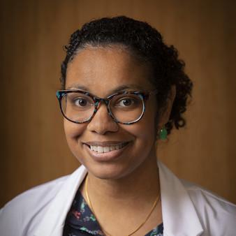 Pia Hurst, MD headshot